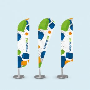 Shaped table banner